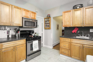 The Perfect Starter home 64 Hinckley Street